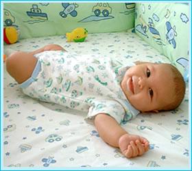 Ajuares de cuna para bebes ni os per ajuar de cuna para - Como hacer edredones ...